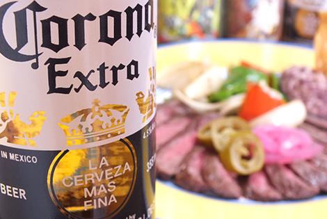 コロナビールとアラチェラ