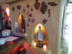 メキシコによくある壁飾りとオブジェ